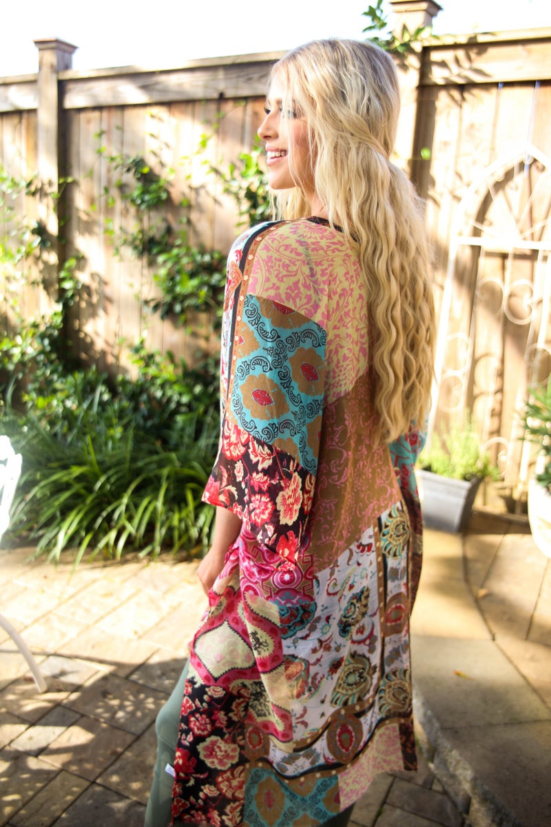 Blending the Lines Kimono