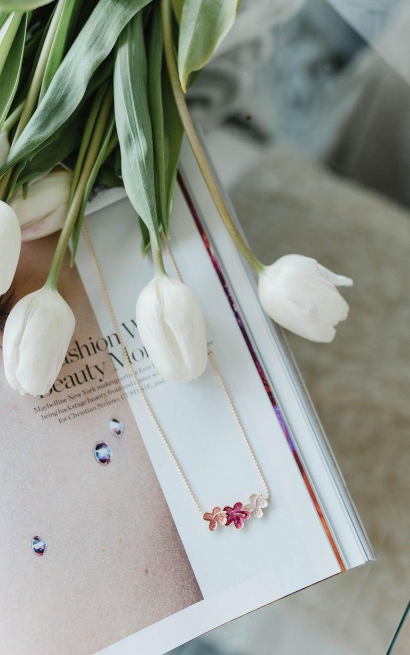 Flower Power Dainty Necklace