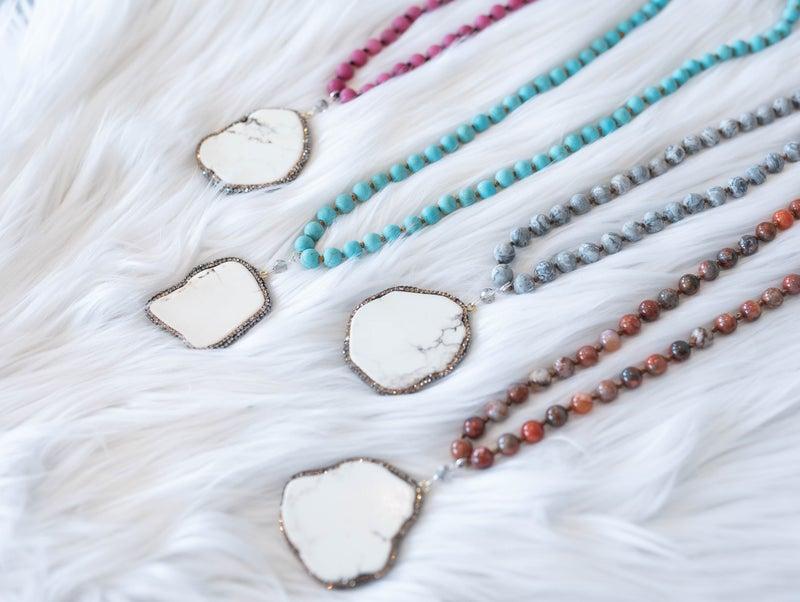 The Mila Pendant Necklace *Final Sale*