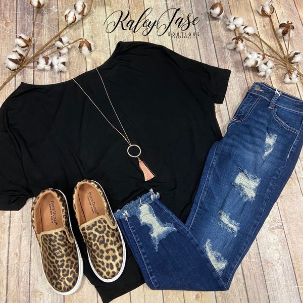Black Slouchy Top