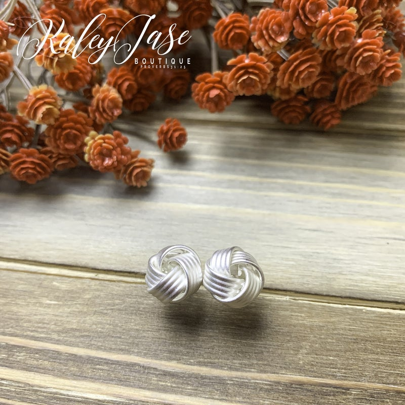 Large Knot Earrings -D6
