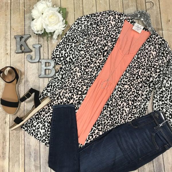 Black Ivory Leopard Kimono