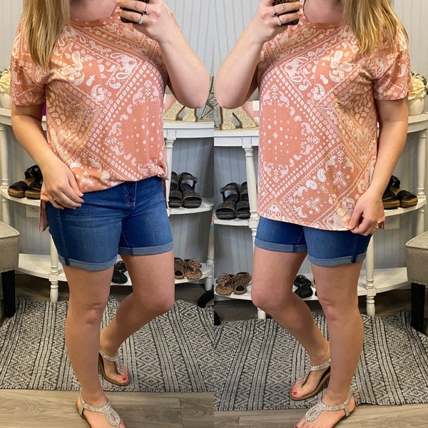 HM Peach Paisley Design Pocket Top