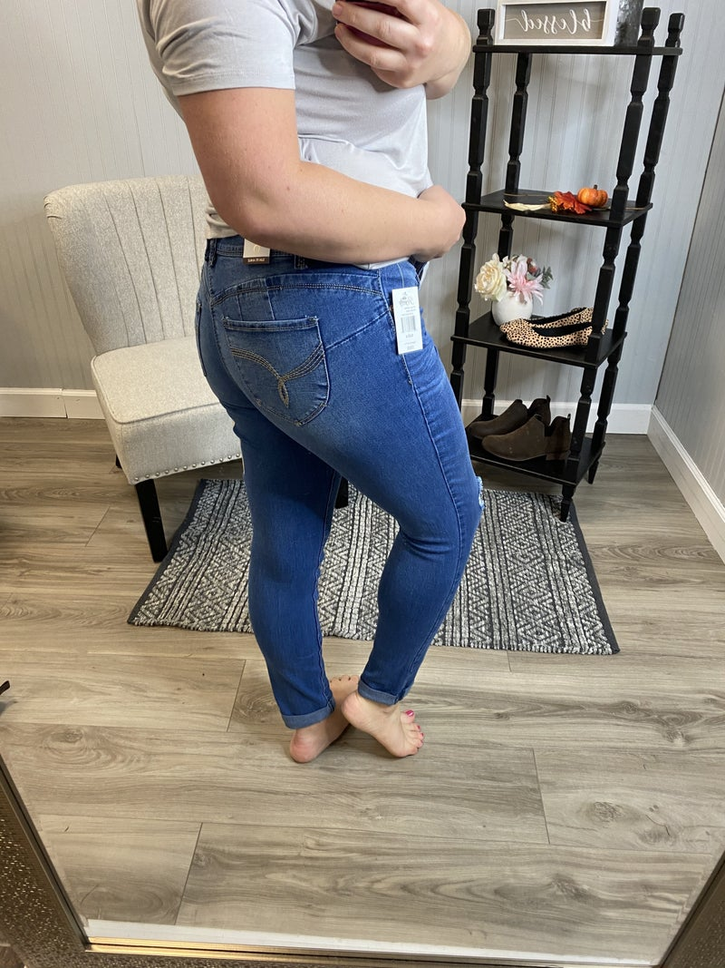 WBB Medium Wash Ripped Anklet Jeans