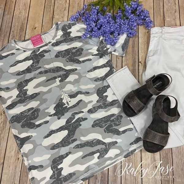 BB Soft Grey Camo Top