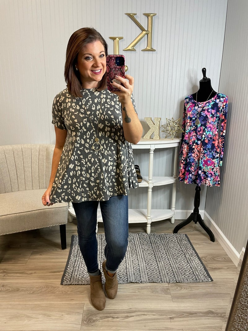 SIL Charcoal Ivory Leopard Pocket Top
