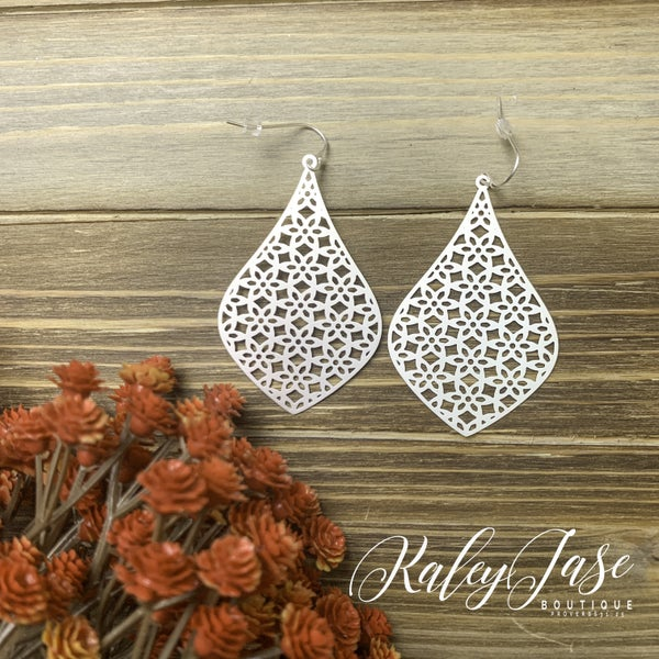 Intricate Design Lightweight Earrings -G2