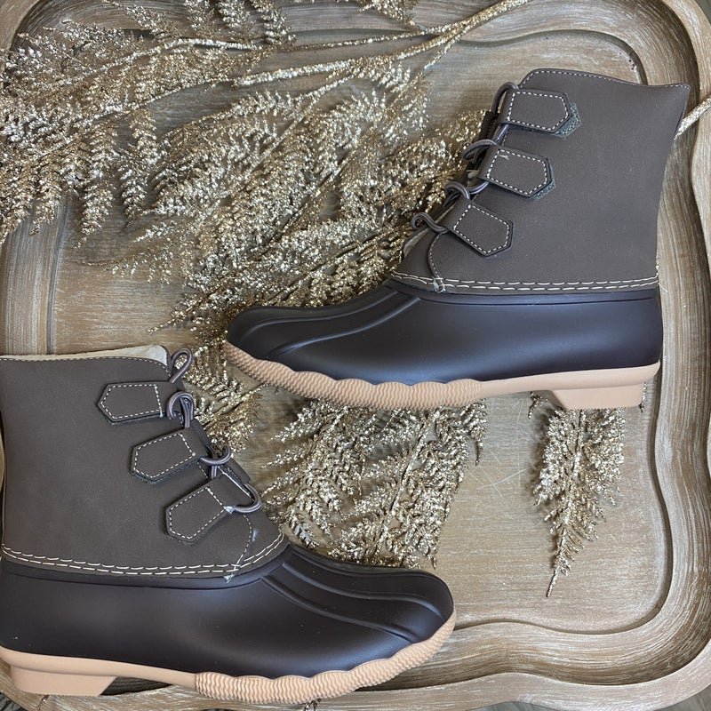 Brown Elastic Cord Duck Boot