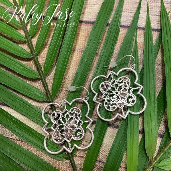 Intricate Clover Quatrefoil Earrings -C7