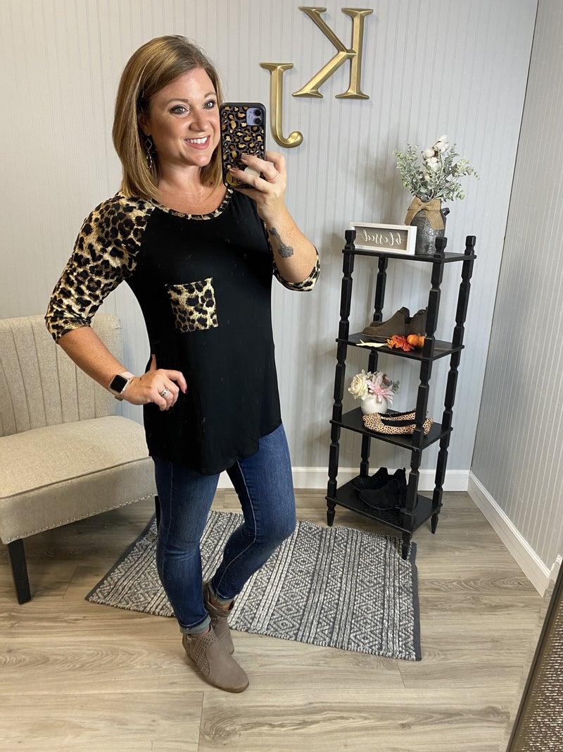 H Leopard Pocket Raglan Top