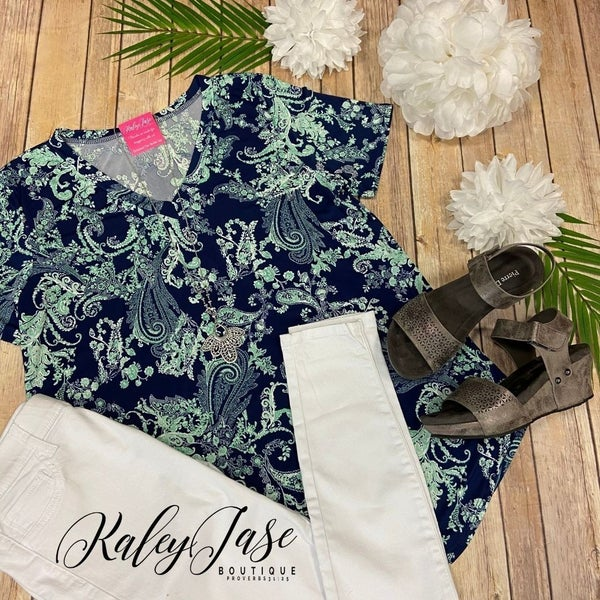 PR Navy Mint Paisley Vneck Top