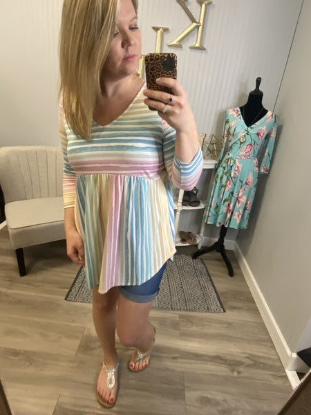 HM Striped Color Spectrum V Top