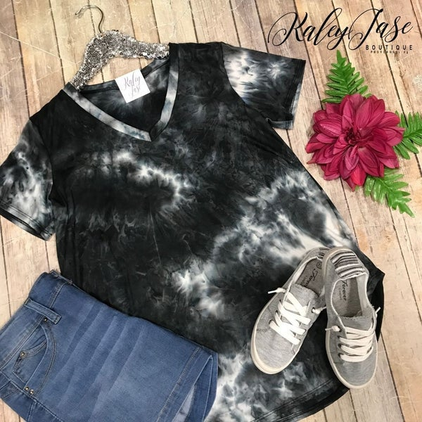 Black Ivory Tie Dye Vneck