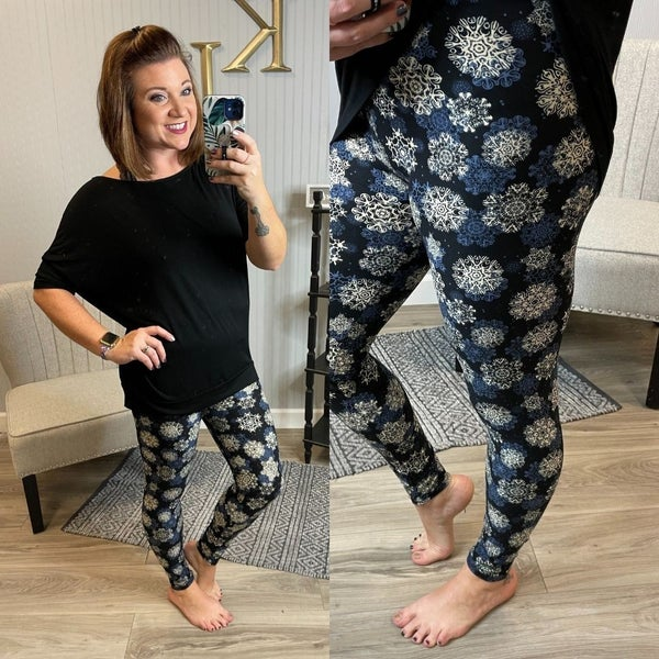 Black Snowflake Medallion Leggings