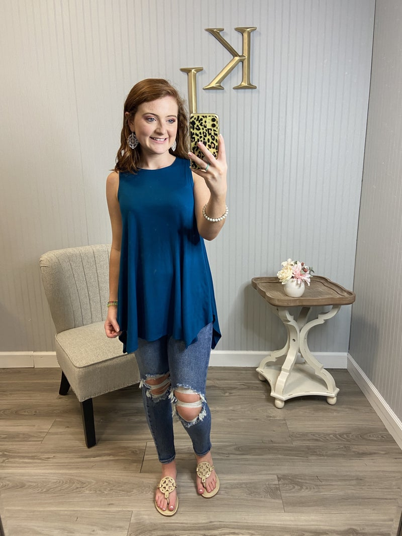 Scoop Sharkbite Tunic Top