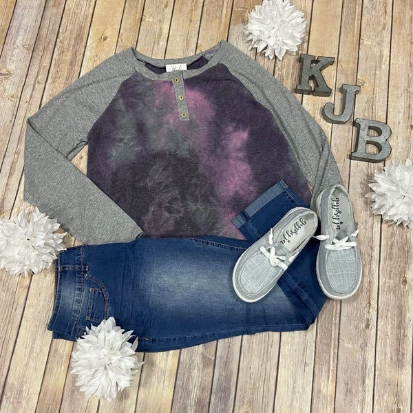 Purple Tie Dye Button Raglan Top *Final Sale*