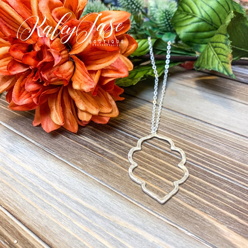 Clover Shaped Pendant Necklace #2
