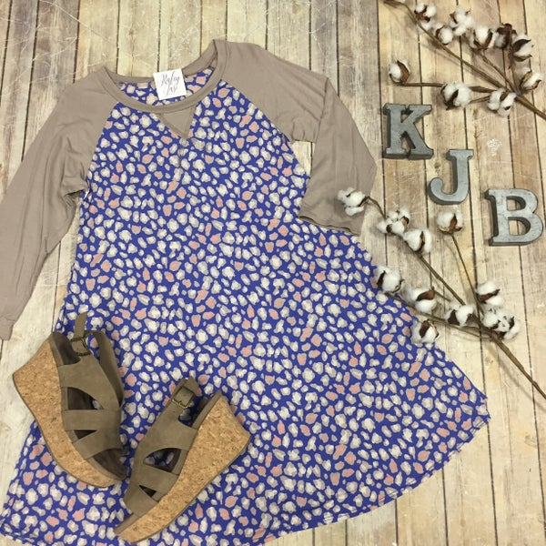 Mocha Leopard Raglan Dress