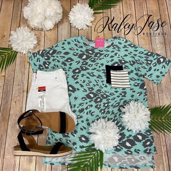 SIL Mint Leopard Striped Double Pocket Top