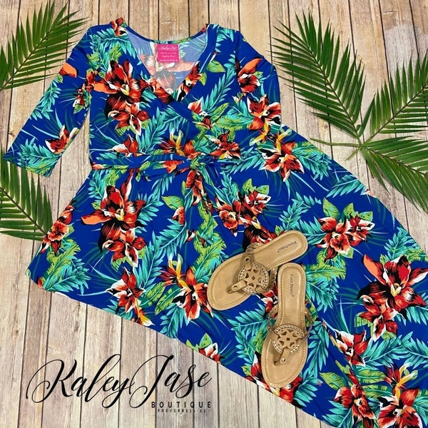 John 3:16 Wrap Royal Tropical Maxi