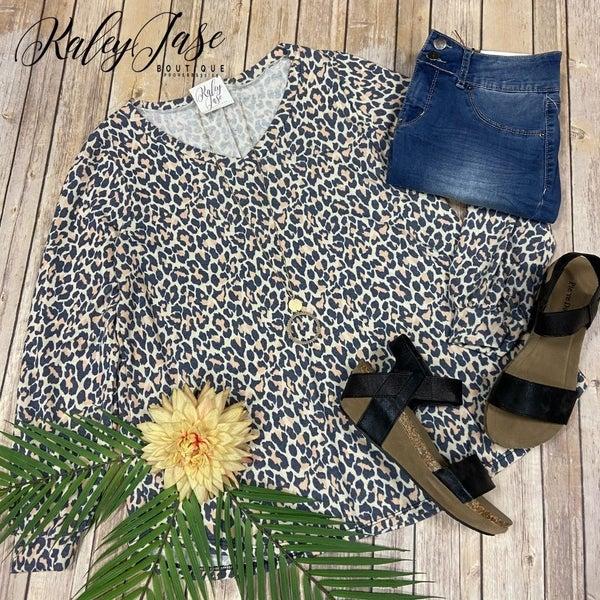 SIL Ivory Gold Leopard LS Vneck Top