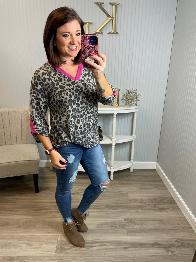 HM Magenta Thermal Leopard Gabby Top