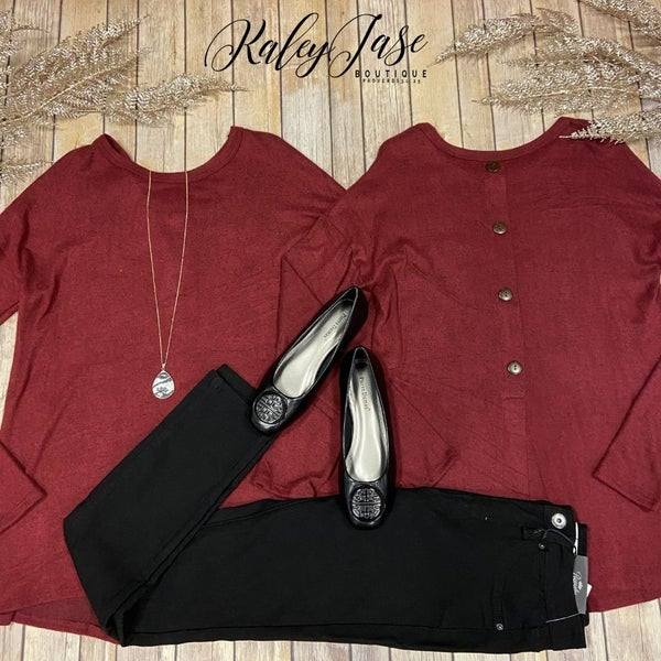 B Soft Wine Button Back Top