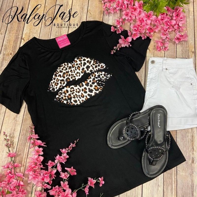 Leopard Lips Black Tee