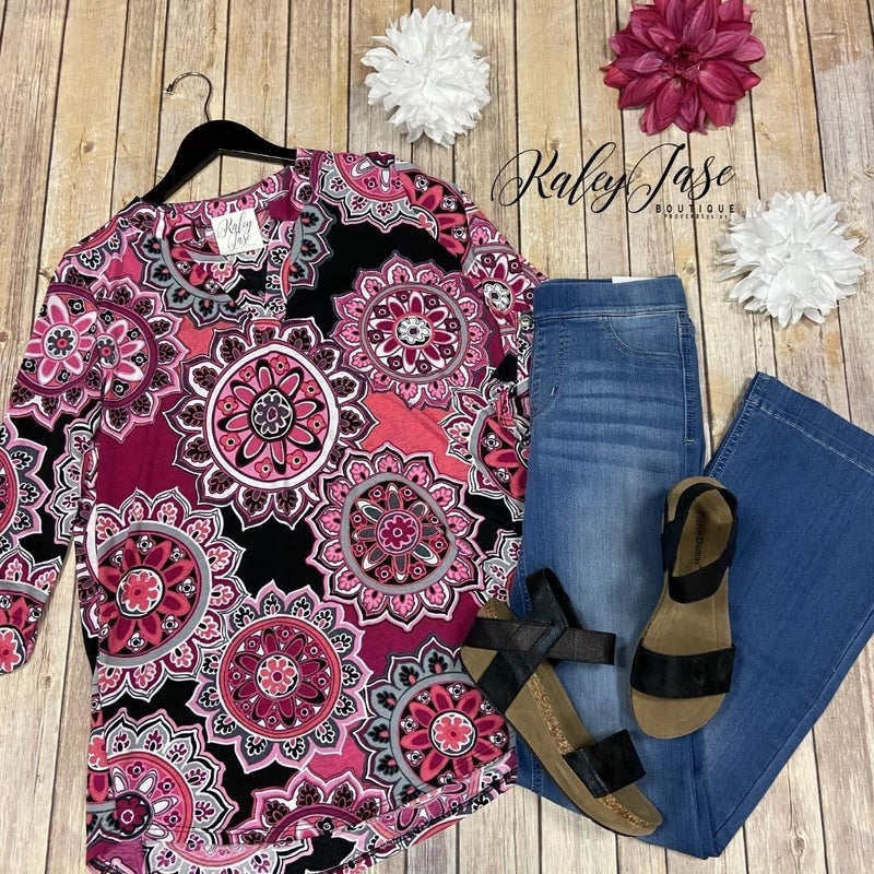 SIL Black Fuchsia Flower Medallion Gabby Top
