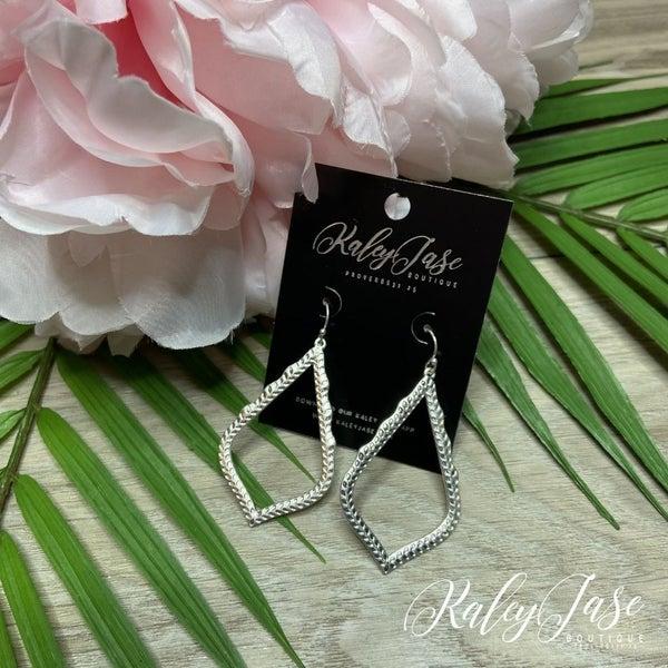 Silver Pointy Drop Dangle Earrings -B8