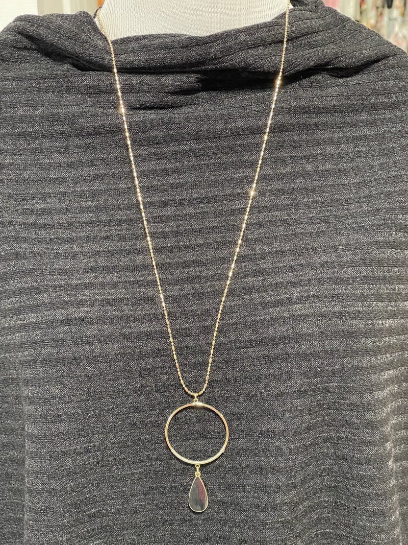 """34"""" Gold Circle with Black Teardrop Necklace"""