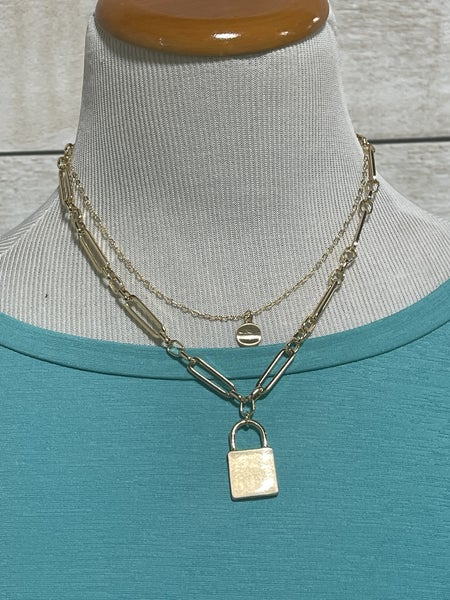 CHAIN LINK LOCK NECKLACE