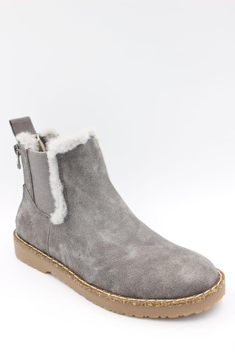 Blowfish Chillin Boots in Stone