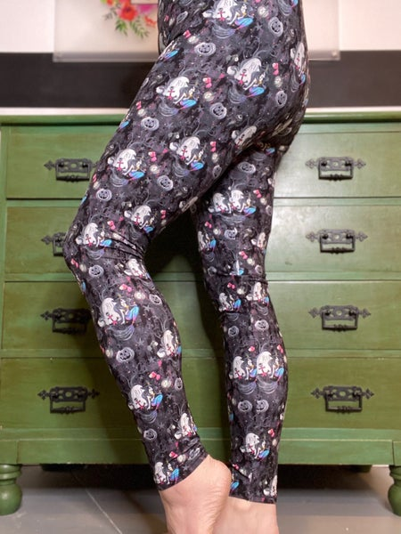 Salty Witch Leggings