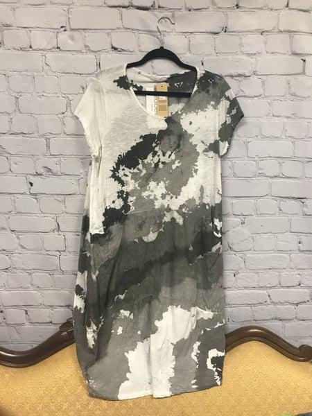 Black & White Dress 01389