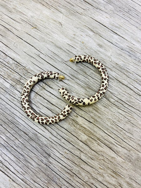Leopard Print Natural Wood Hoop Earrings 03787
