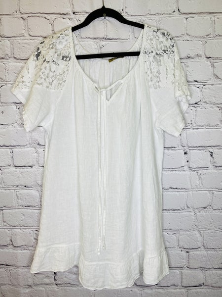 Linen Blouse w/ Lace Sleeve 03556