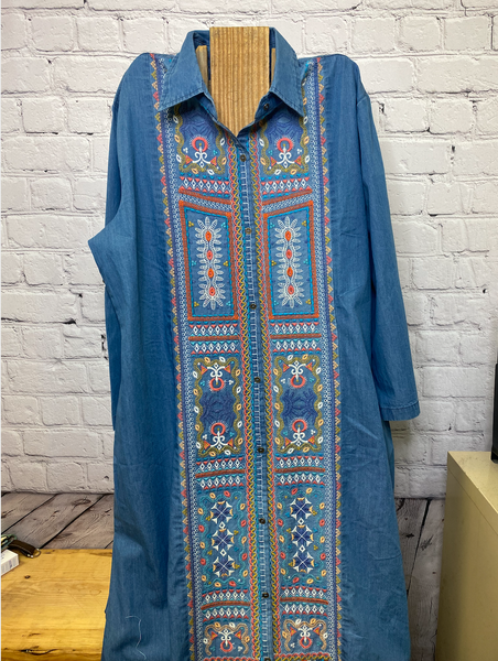 02696- Embroidered Duster