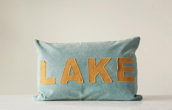 "Appliqued Pillow ""Lake"" 02310"