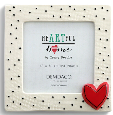 03446- Small Dots w/Heart Frame