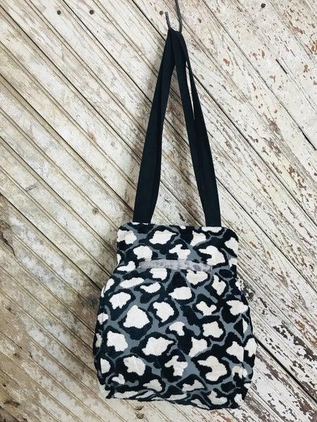 Black & White Large Carpet Bag