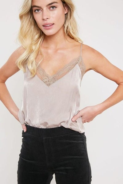 Lace Trimmed Came Top 00088