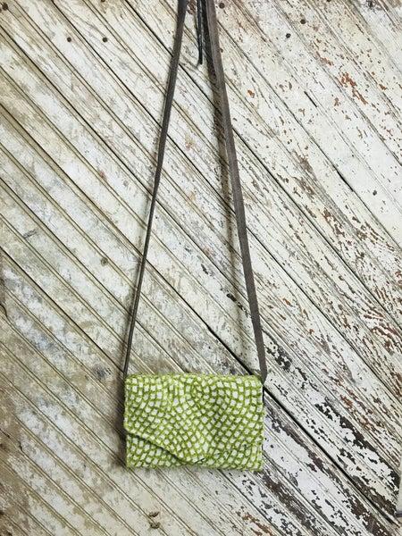 Sweet Moss Crossbody Wallet