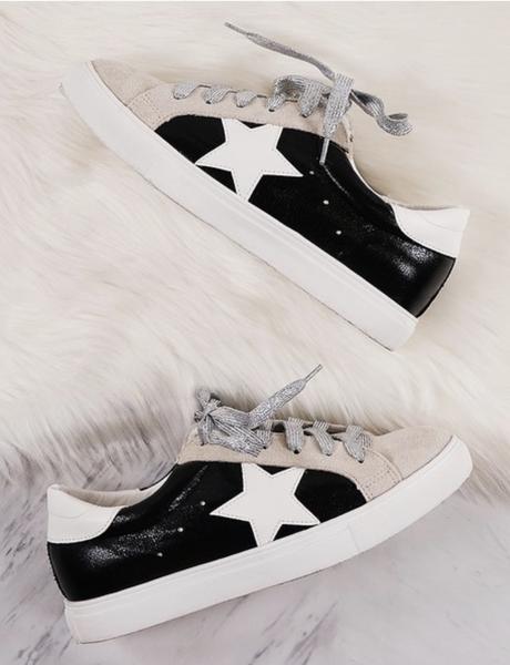 (SALE!! size 6 left!) DESIGNER DUPE Star Accent Metallic Shoe Ties Sneakers