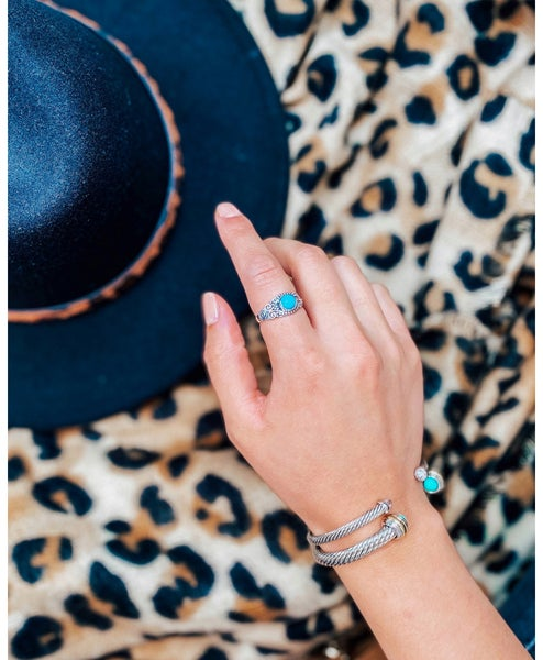Exclusive Dainty Regal Turquoise Ring