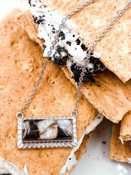Krush Kouture: Kandy Bar Necklace