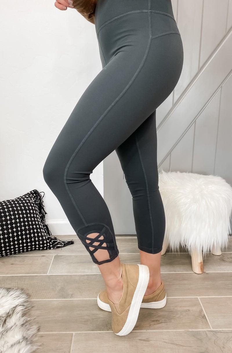 (4 colors!) Don't Get It Twisted Double Criss-Cross Capri Leggings