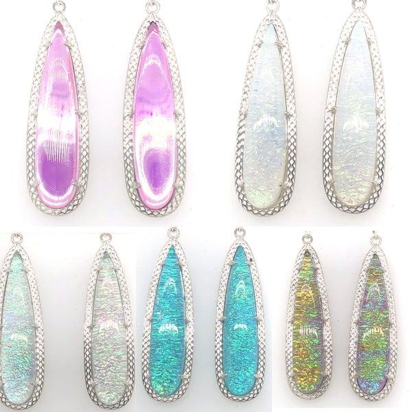 (8 Colors!) Gorgeous Elongated Teardrop Glass Earrings