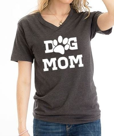 (1 S left!) Dog Mom Graphic Tee