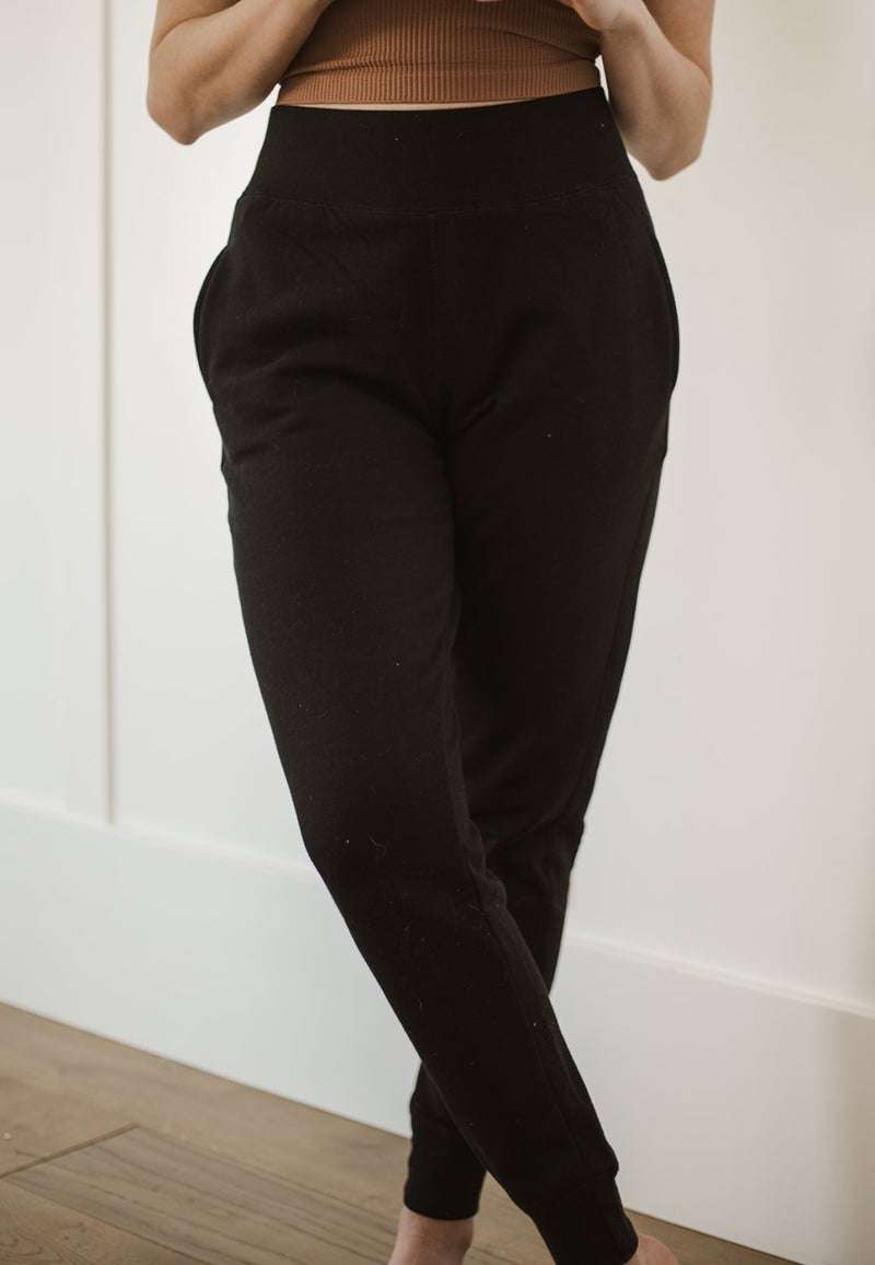 (S-3X) Good Terms Sleek Fleece Joggers